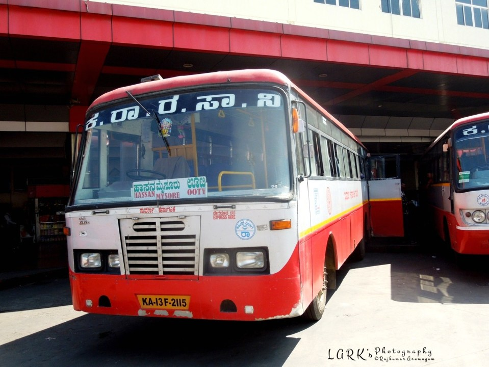 KSRTC KA-13-F-2115 Hassan - Ooty - at Mysore